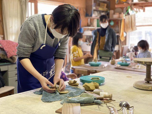 海馬に躍る 波松の作陶体験